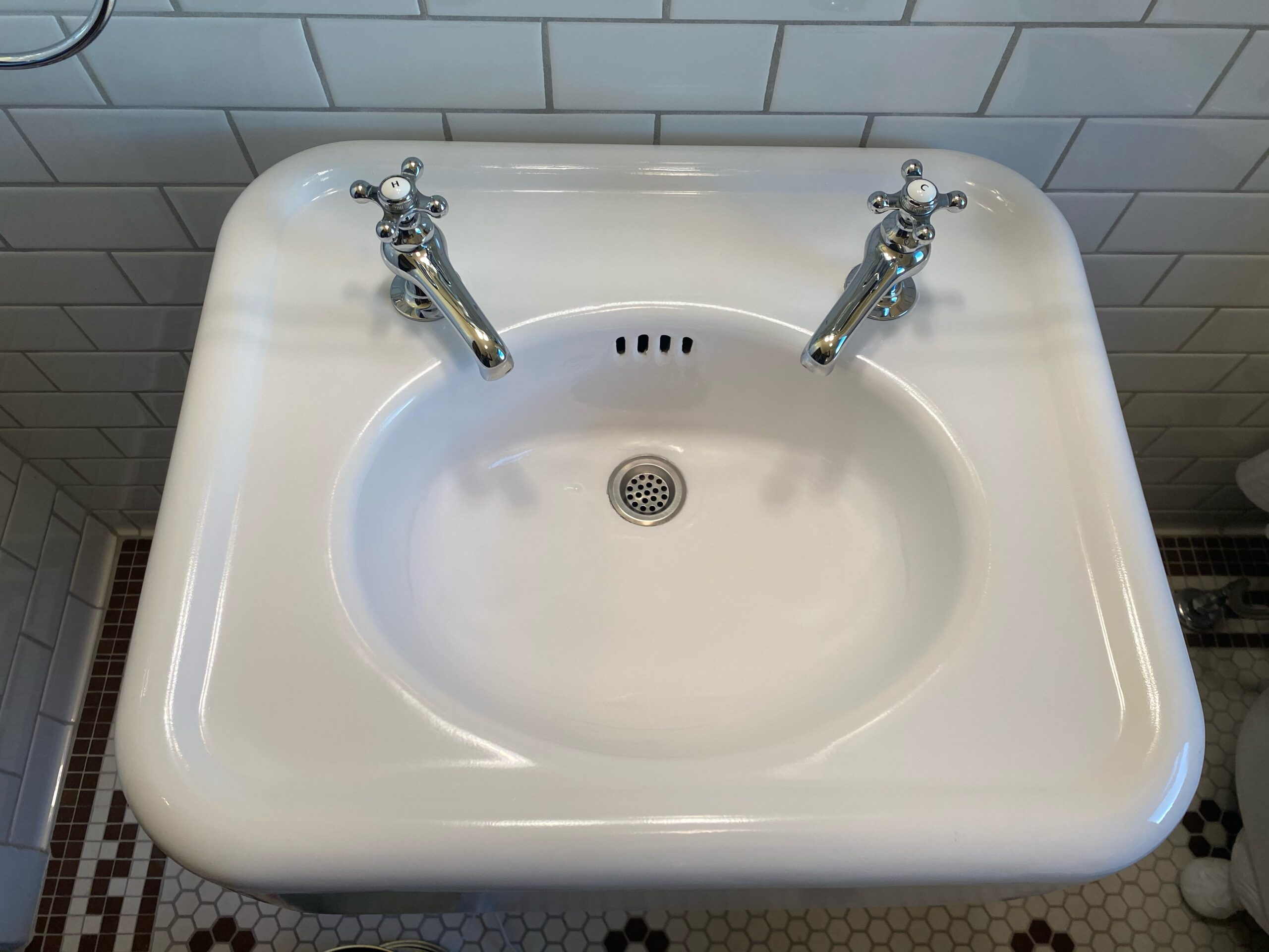 replacement taps for antique sink